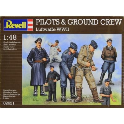 Plastové figúrky Revell Pilots & Ground Crew Luftwaffe WWII 02621