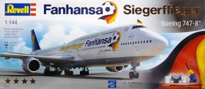 Plastový model Revell Boeing 747-8 Lufthansa Fanhansa Siegerflieger, 01111