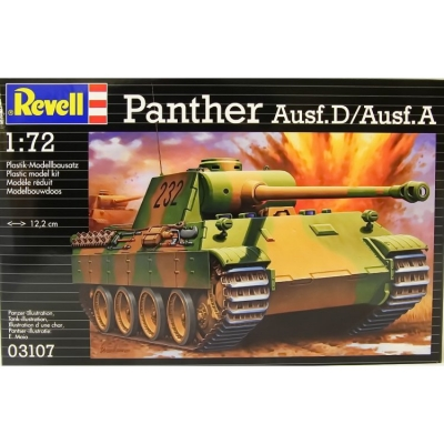 Plastikový model Revell Panther Ausf.D /Ausf.A, 03107