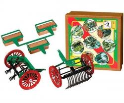 Kovap Agroset M2, hračky