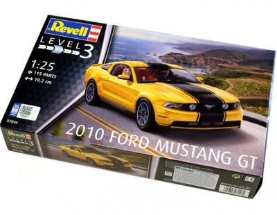 Plastový model Revell 2010 Ford Mustang GT 1/25, 07046
